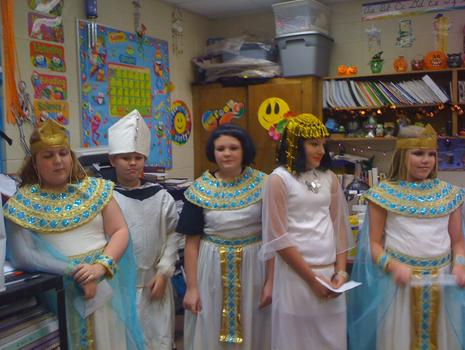 Mrs. Sellers Egyptian Day.jpg